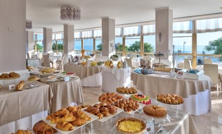 colazione hotel abner riccione 4 stelle