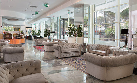 Hall Hotel Continental Rimini