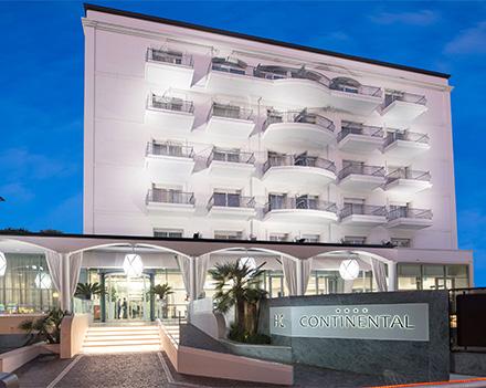Esterno Hotel Continental Rimini